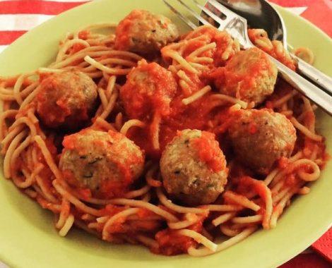 Kødboller i tomatsovs zoomet